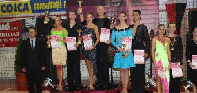 Clubul de dans sportiv Potaissa Turda a obtinut 6 medalii in competitia desfasurata la Satu Mare