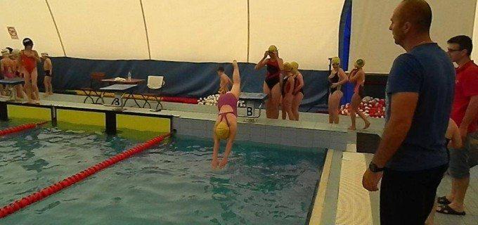 Primul concurs de înot Internațional – rezultate foarte bune pentru sportivii antrenați la Bazinul de Înot Turda