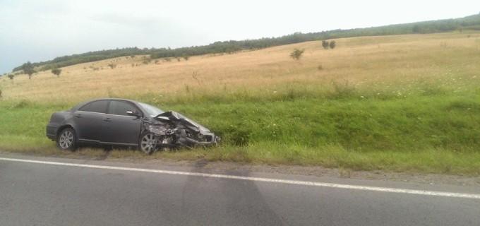 Masina Companiei de Apa Aries, implicata intr-un grav accident rutier