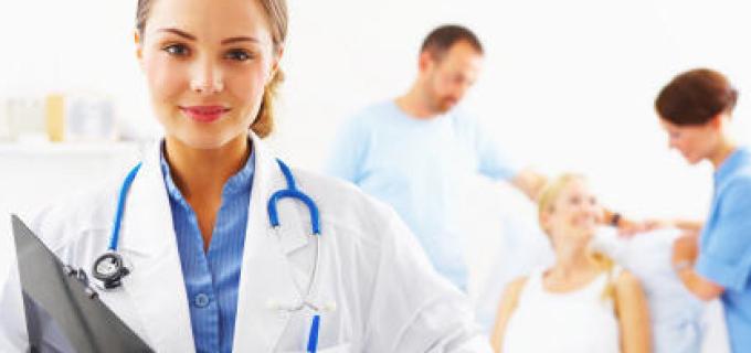 Se caută asistenți medicali pentru angajare la centre de îngrijire vârstnici, în Italia