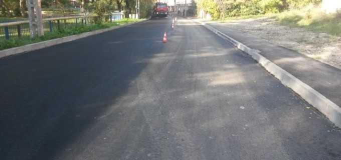 Lucrarile la reabilitarea drumurilor continua:
