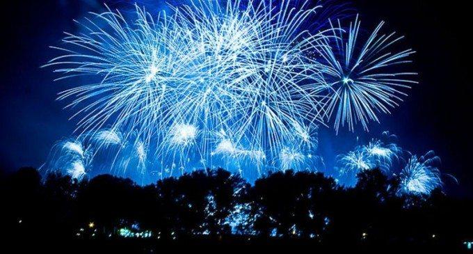 Artificii în Turda la trecerea dintre ani!