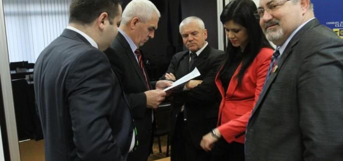 Grupul consilierilor județeni independenți și-au început activitatea cerând mai multă transparență
