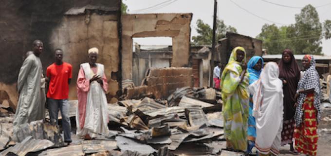 Peste 2000 de oameni au fost ucisi in Nigeria in saptamana atentatului de la Paris. De ce presa favorizeaza doar anumite tragedii?