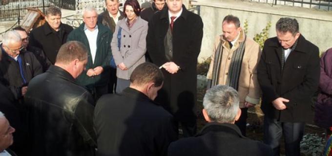 Deputatul de Turda, Mircea Irimie, prezent la comemorarea marelui om politic român, Ion Ratiu, eveniment organizat de PNT-CD Turda