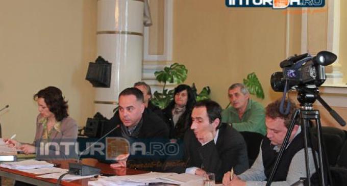 Adrian Salagean a reusit sa aduca un profit de 1.137.000 lei la Domeniul Public Turda. Bugetul pe anul 2015 al societatii a fost aprobat in CL.