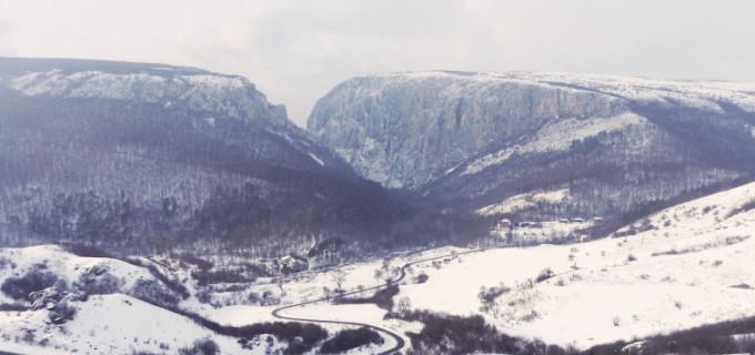 Foto: Cum arată defileul din Cheile Turzii iarna