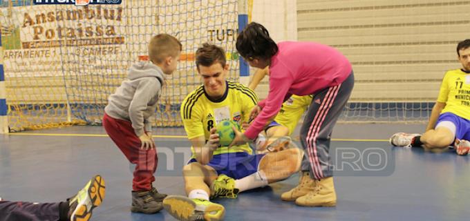 """Flaviu Sâsâeac: """"La Turda s-a născut un nou centru de copii!"""""""