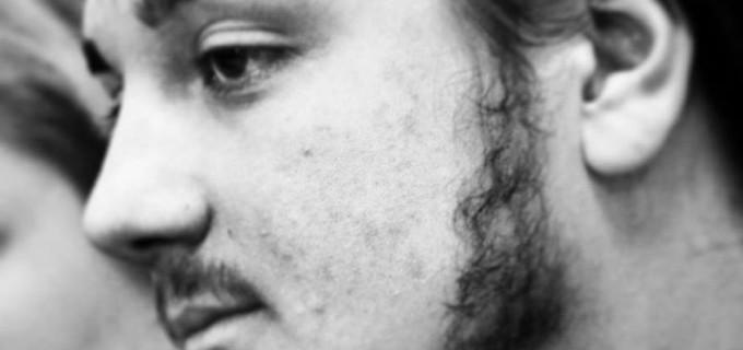 Poetul turdean Calin Pop, ofera un martisor poetic doamnelor si domnisoarelor