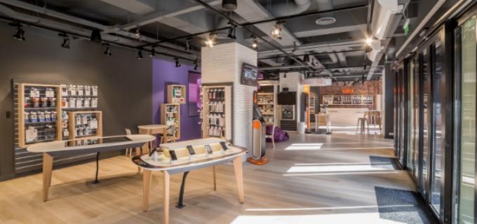 Orange a deschis la Cluj primul smart shop din lume si anunta investitii de 500 milioane de euro in Romania
