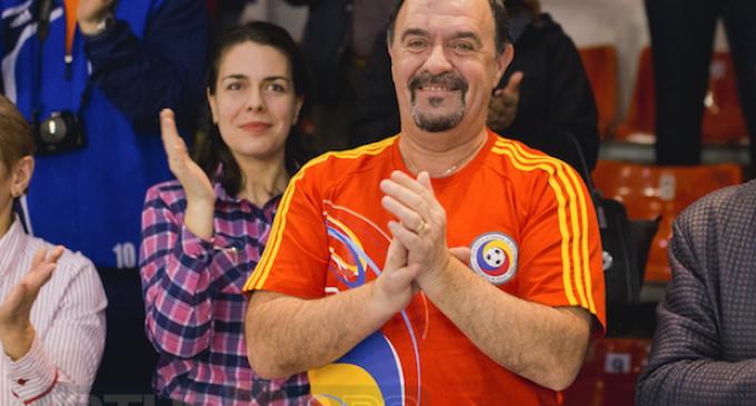 Tudor Ștefănie felicită echipa Națională de Handbal Feminin