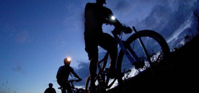 Biciclistii turdeni vor marca Ora Pamantului 2015, printr-un mars nocturn pe biciclete