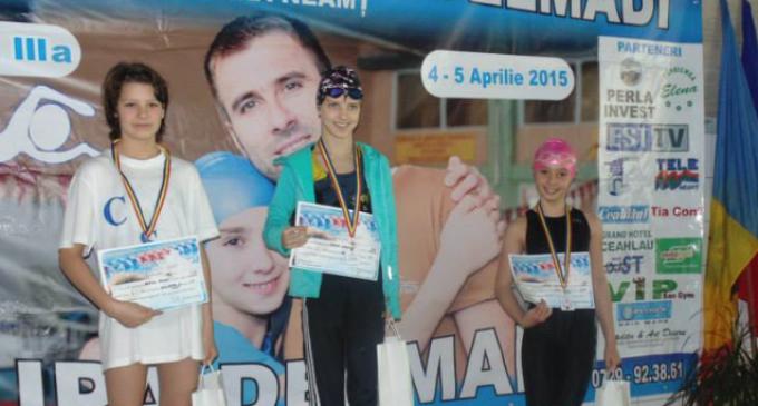 Micii înotători turdeni au obținut 26 de medalii la Cupa Delmadi