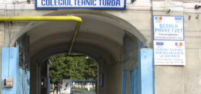 Colegiul Tehnic Turda organizează licitație pentru închirierea unui Chiosc din incinta instituției