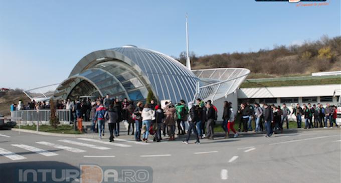 """Több mint 11000 látogatója volt a tordai Sóbányának az egy hétig tartó """"Iskola másképp"""" elnevezésű program alatt"""