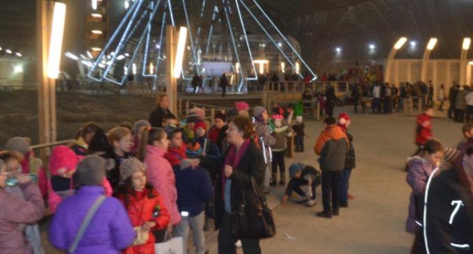 """Peste 11.000 de turiști au vizitat Salina Turda în săptămâna """"Școala Atfel"""""""