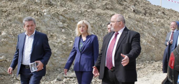 Foto/Video: Corina Crețu și Ioan Rus au vizitat șantierele autostrazii Sebes-Turda