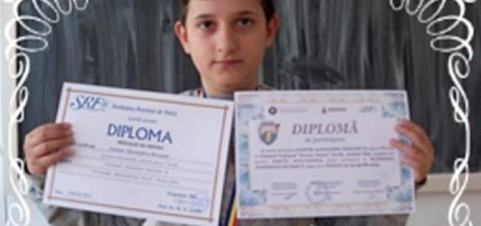"""Medalie de bronz la Olimpiada Națională de Fizică –Alexandru Cantor – Școala Gimnazială """"Avram Iancu"""" Turda"""