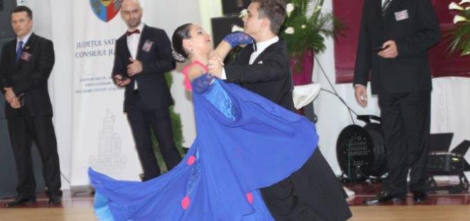 Dansatorii turdeni au cucerit 6 medalii la Cupa Sătmarului