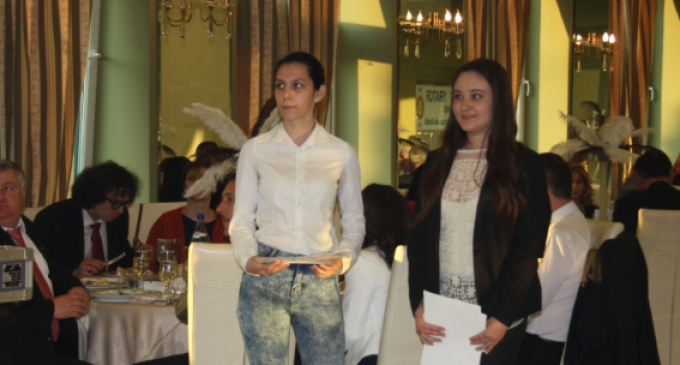 Clubul Rotary Turda a premiat din nou performanțele liceenilor turdeni: