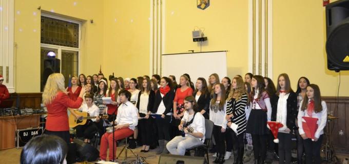 Eveniment caritabil organizat astăzi de elevii de la Colegiul Național Mihai Viteazu Turda