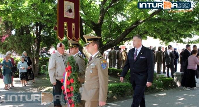 Deputat Irimie Mircea: Fie ca în această zi de dublă sărbătoare, Domnul să sădească şi să crească în sufletele tuturor românilor, sentimentul iubirii de neam şi patrie