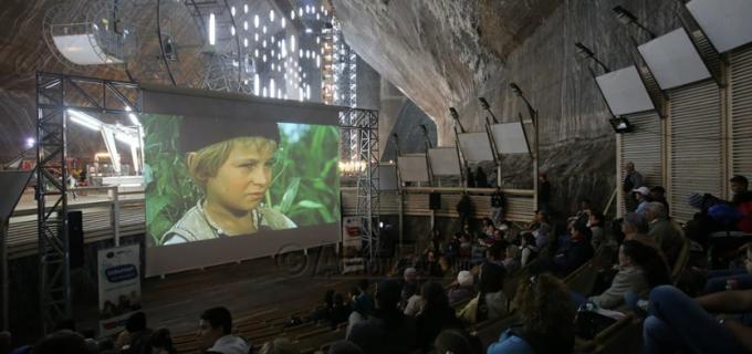 """Imagini spectaculoase: """"Caravana Filmului Românesc"""" în Salina Turda"""