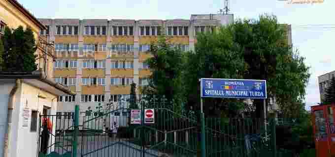 Polițiștii au făcut percheziții și la Clinica de Psihiatrie din cadrul Spitalului Municipal Turda, după scandalul experimentelor ilegale