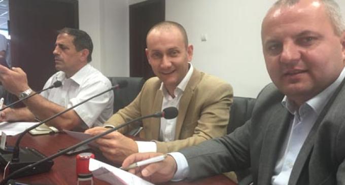 Avram Gal a semnat astăzi contractul de finanțare pentru Hala Agroalimentară Piața Mureșului în valoare de 3,5 miliarde lei