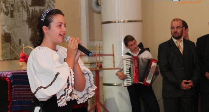 """VIDEO: Oana Vențel – """"Cea mai buna voce"""" de la Festivalul Tinereții, a concertat pentru tinerii basarabeni"""