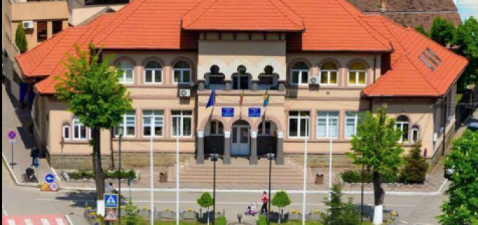 Primăria Municipiului Câmpia Turzii organizează procedura de negociere directă pentru închirierea a şase spaţii comerciale