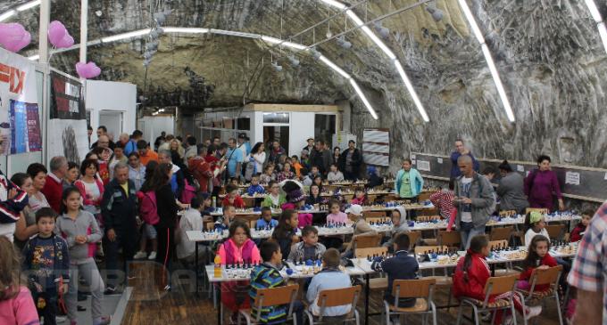 Festivalul International de Șah pentru Copii a revenit la Salina Turda pentru ediția a 3-a