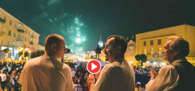 """Tudor Ștefănie: """"Mulțumesc Turda, mulțumesc turdeni!"""" Vezi VIDEO cu focurile de artificii din ultima seara la #ZMT15"""