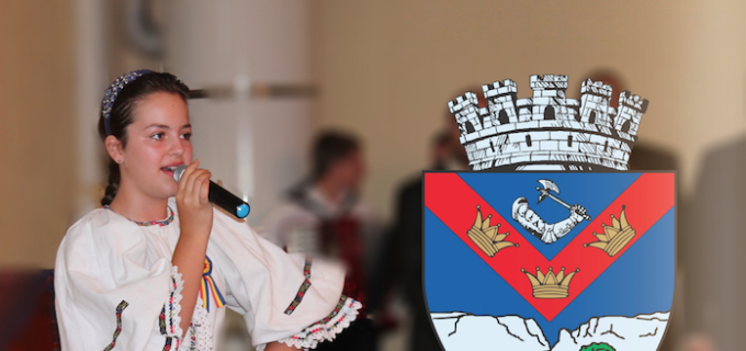 Oana Venţel primeşte felicitările domnului Primar Tudor Ştefănie