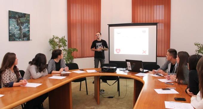 """Despre Workshop-ul """"No Hate Speech"""", organizat de Fundația Doriana cu ocazia SEDL"""