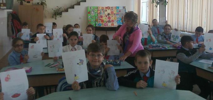 Elevii şi profesorii Şcolii Gimnaziale Ioan Opriş au sărbătorit Ziua Mondială a Educaţiei