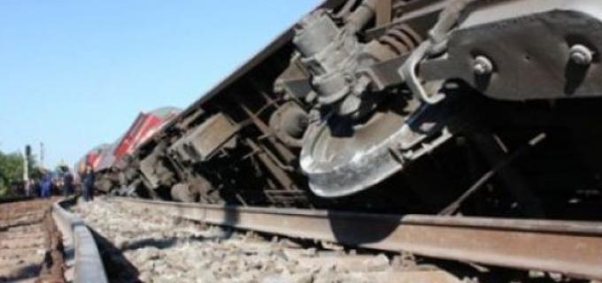 Trei vagoane cu motorină s-au răsturnat langa Campia Turzii. Traficul feroviar este blocat
