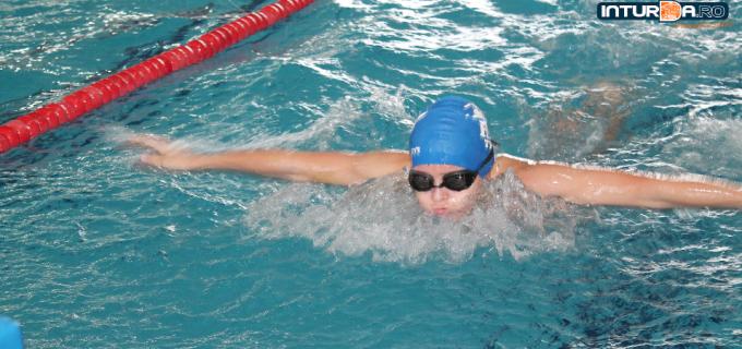 Se fac înscrieri la ediția a III-a a Cupei Salina Turda la înot