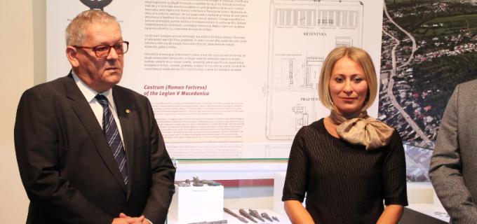 VIDEO: Inaugurarea expoziţiei de arheologie romană, « Potaissa romană. Retrospectiva arheologică ».