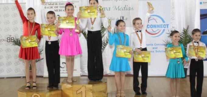 Rezultatele dansatorilor turdeni in competitiile desfasurate la Timisoara si Medias