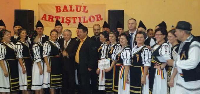 Peste 300 de iubitori ai muzicii și jocului popular au participat la BALUL ARTIȘTILOR