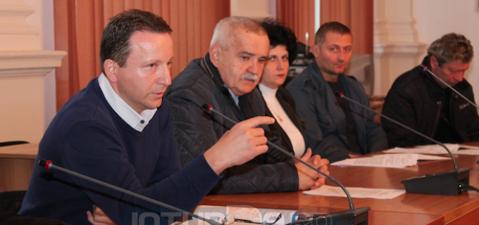 Oarga Vladimir: Avem un stoc de 275 de tone de amestec nisip cu sare, 10 tone de sare și toate utilajele de intervenție pregătite de iarnă