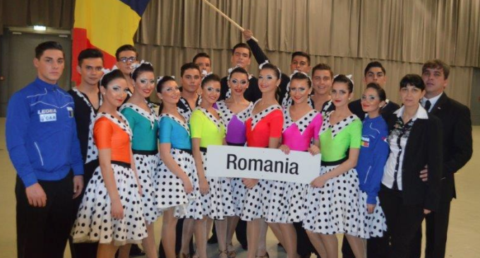 Clubul de dans sportiv Potaissa Turda a reprezentat Romania la Campionatul Mondial desfășurat la Viena