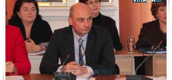 VIDEO: Nicolaie Giurgiu a depus jurământul de consilier local