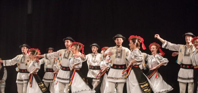 Foto/VIDEO: Spectacol folcloric dedicat Unirii Principatelor Române