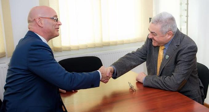 Radu Hanga, întâlnire cu Consulul Olandei pentru deschiderea unei fabrici de confecții metalice