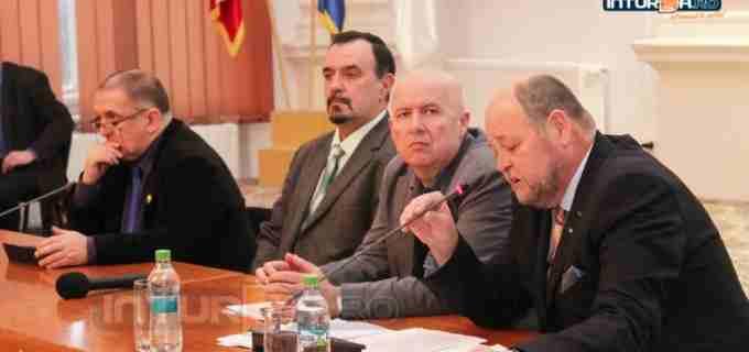 VIDEO: Dezbatere organizată de PNL Turda pe tema noilor propuneri legislative din învățământ