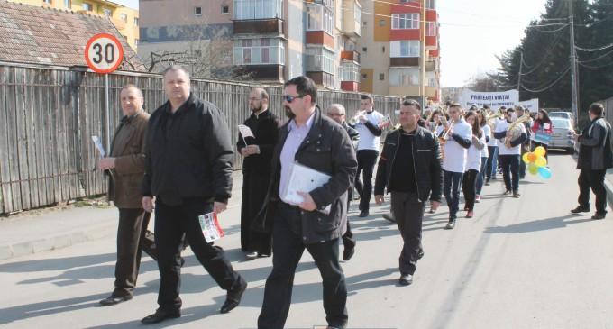 Album FOTO: Turdenii au ieșit în stradă pentru a susține viața!