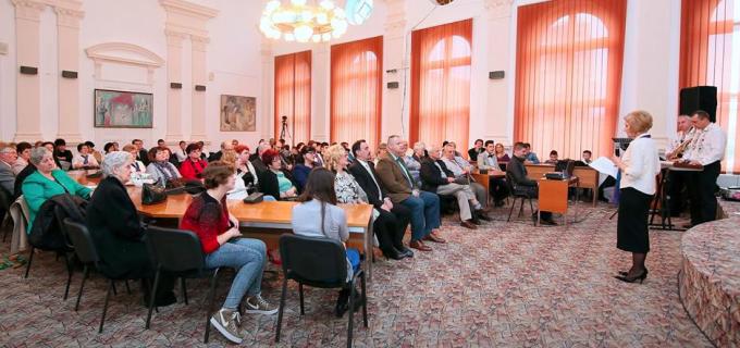 Ediţia a XV-a  a programului « Primavara Culturală Turdeană » a făcut posibilă la Turda o seară de romanţe, tangouri şi valsuri celebre.