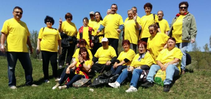 Acțiune de curățenie a PNL Turda pe malul Arieșului